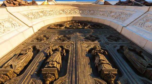 Экскурсия «Храм Христа Спасителя. История и современность»