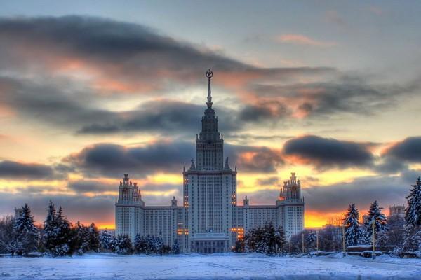 Высотка МГУ