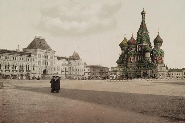 Выставка фотографий «Москва XIX и XXI веков»
