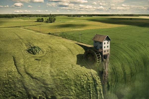 Выставка фотографий «По ту сторону реальности. Эрик Йоханссон»