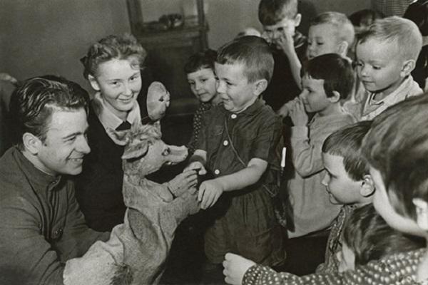 Выставка фотографий Михаила Грачева «Советская повседневная жизнь. 1930-1960-е годы»