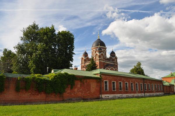 Автобусная экскурсия «Старая Смоленская дорога и Бородинское поле» от компании «Московские переулки»