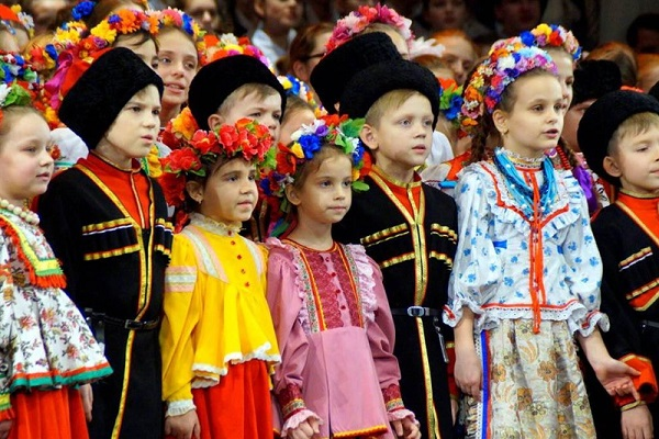 Детский пасхальный хоровой фестиваль «Русь певчая»