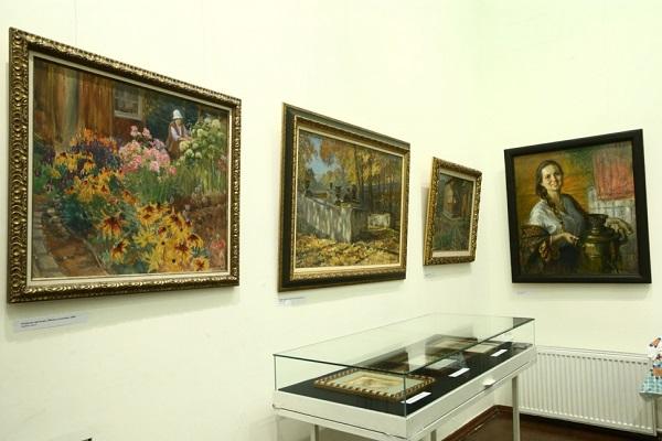 Выставка картин «По реке времени»