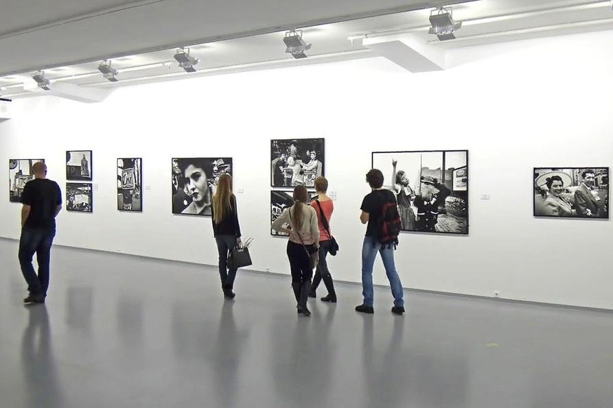 Выставка «Ольга Киселева. Сетевой конструктивизм»