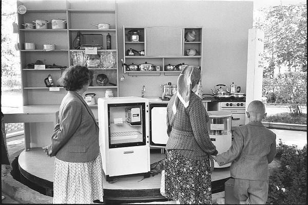Выставка «Советская кухня: феномен советской кулинарии»
