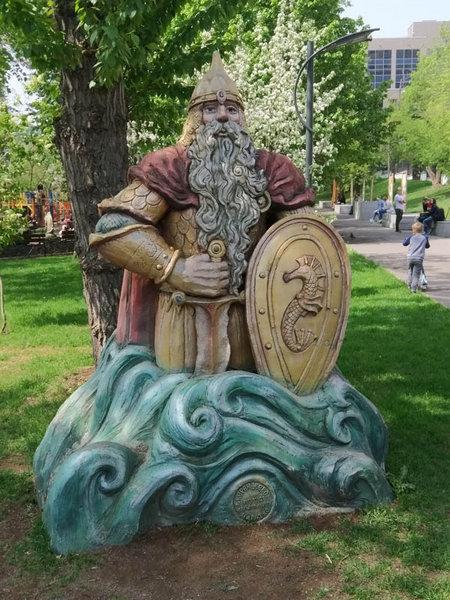 Фигура Черномора в Пресненском детском парке