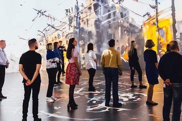 Мультимедийная выставка «Города в движении»