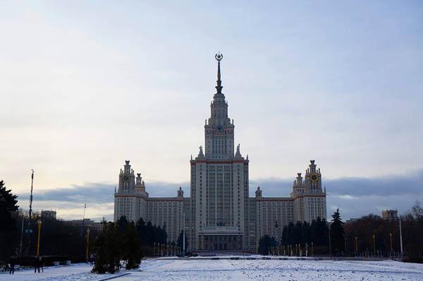 Экскурсия «Легенды и мифы сталинских высоток в Москве»