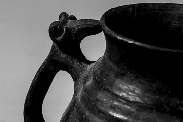 Выставка «Тотемы, мифы, образы. Зооморфная керамика I-III веков н.э.»