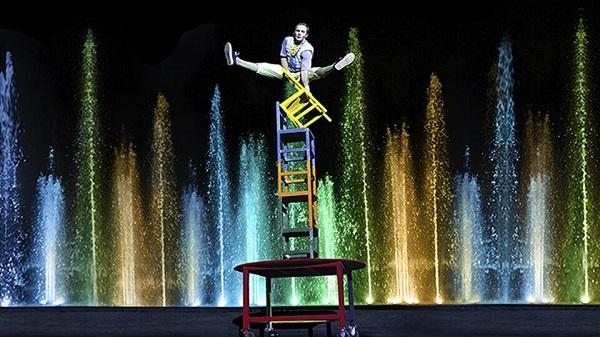 Цирковое шоу «Дом на краю земли» в Цирке Танцующих Фонтанов Аквамарин