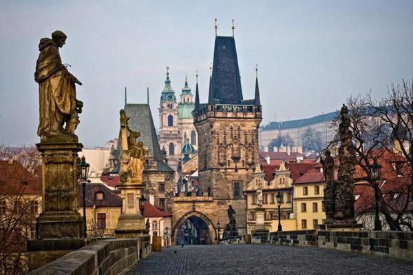 Онлайн-экскурсия: История и мистика Карлового моста в Праге