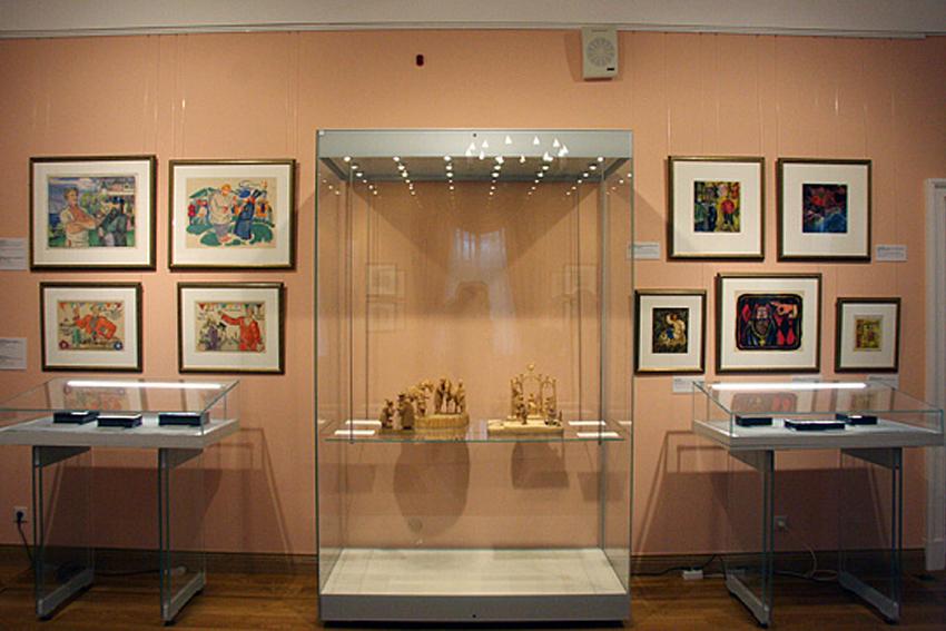 Выставка книжных иллюстраций «Где живет сказка»