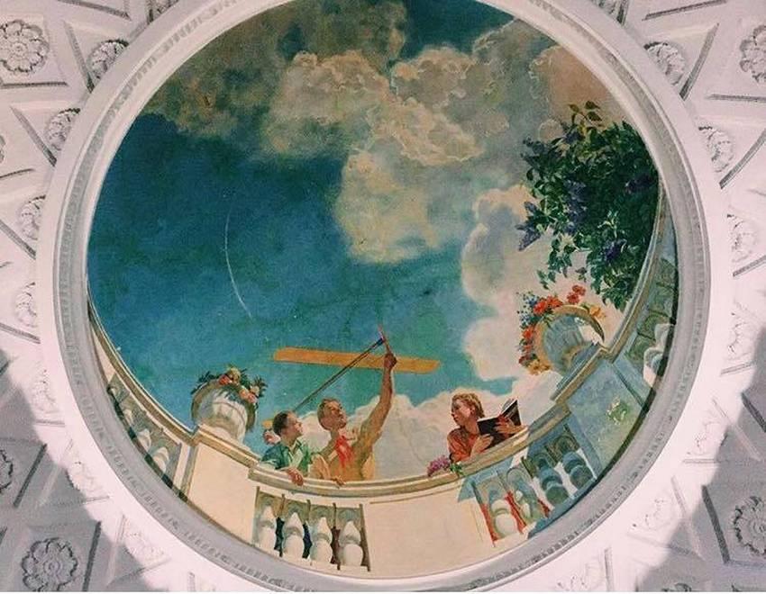 Экскурсия в гости к балерине в высотку на Котельнической набережной в Москве