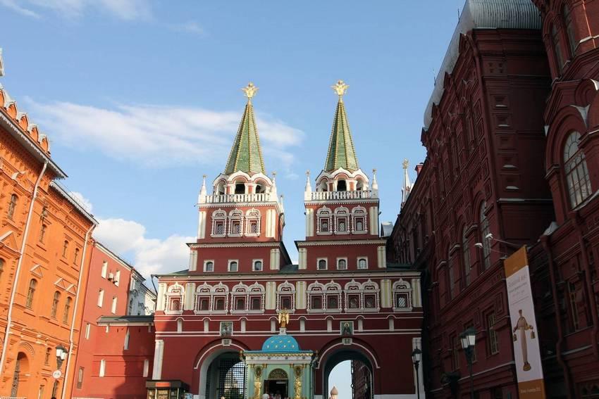 Экскурсия у Кремля: от Вечного огня до Собора Василия Блаженного