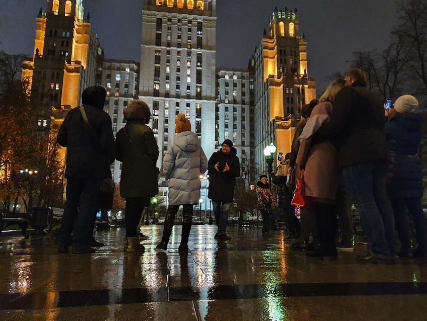 Автобусная экскурсия «Тайный мир сталинских высоток. Легенды и мистические истории сталинской Москвы»