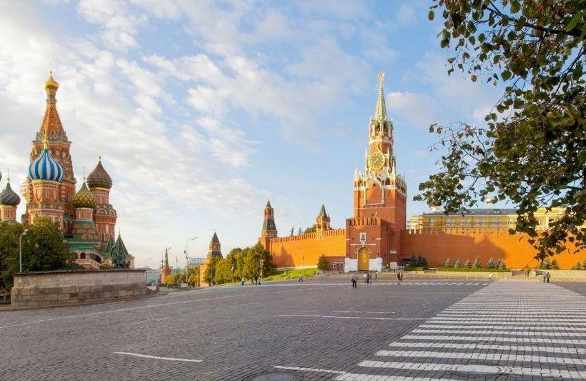 «Москва. Машина времени» — экскурсия с VR очками виртуальной и дополненной реальности от компании «Любимый город»