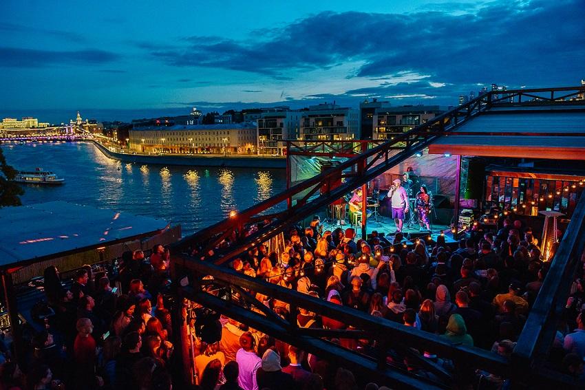 Фестиваль концертов на крыше ROOF FEST–2021