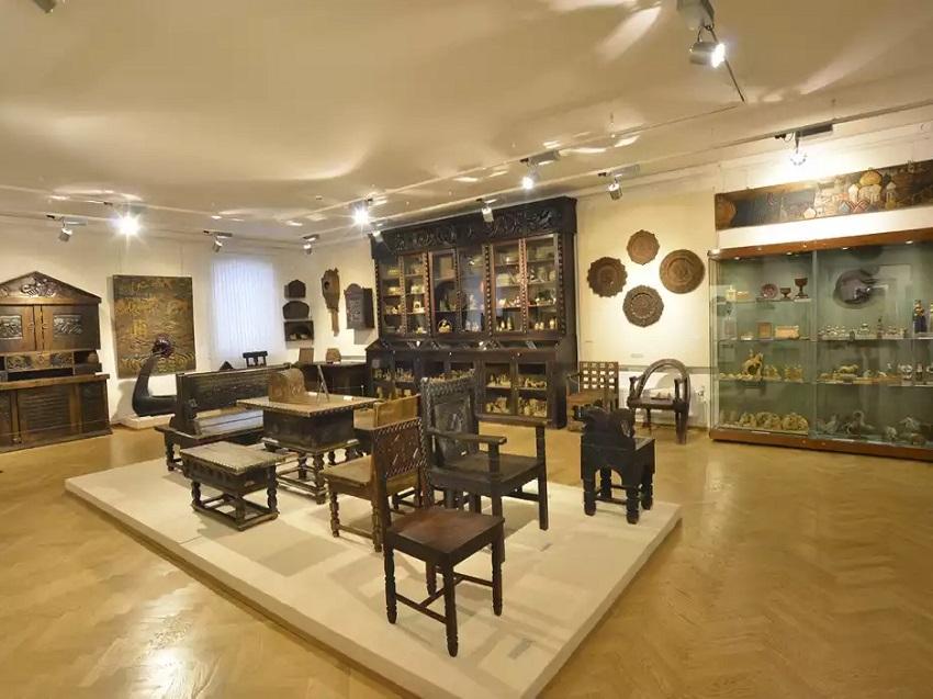 Постоянная экспозиция «Русское декоративно-прикладное искусство XVIII–XXI вв.»