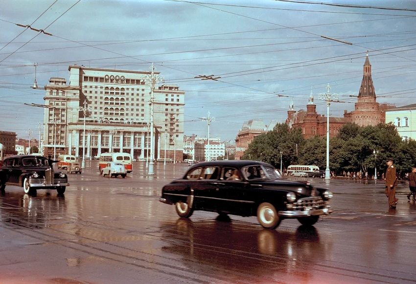 Выставка фотографий «Московский городской пейзаж»