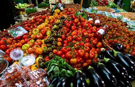 15 лучших продовольственных рынков Москвы с современными рядами и качественными продуктами