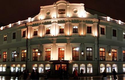 Сколько в Москве театров?
