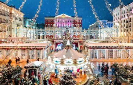 Автобусная экскурсия «Огни и мелодии новогодней Москвы»