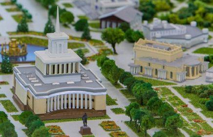 Постоянная выставка «Архитектурный макет ВДНХ»