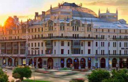 Автобусная экскурсия «Московские замки и их тайны» от компании «Незабываемая Москва»