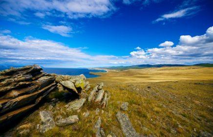 Экскурсия по южной части острова Ольхон озера Байкал