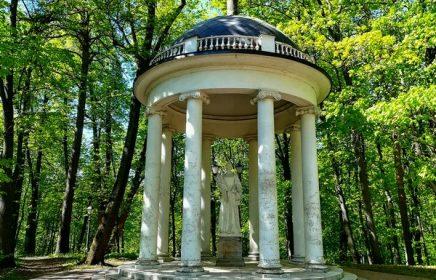 Беседка «Храм Цереры» в парке Царицыно