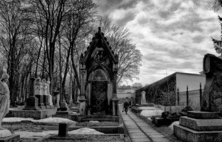 Индивидуальная экскурсия по Новодевичьему кладбищу. История главного отечественного некрополя