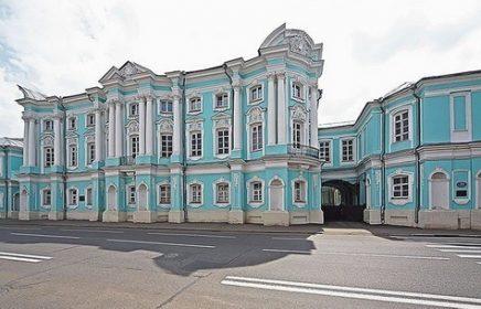 «Дом-комод» — Усадьба Апраксиных-Трубецких
