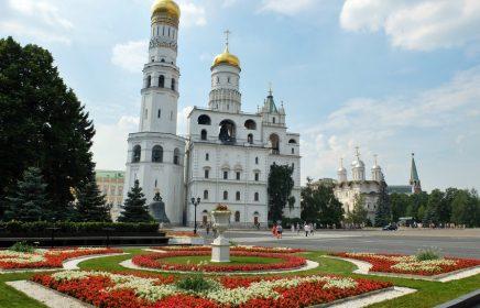 Ивановская площадь Московского Кремля