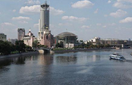 Космодамианская набережная Москвы