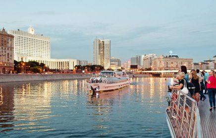 Экскурсия «Круиз по Москве-реке на борту яхты Radisson»