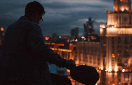 Ночная прогулка по московским крышам в Москве