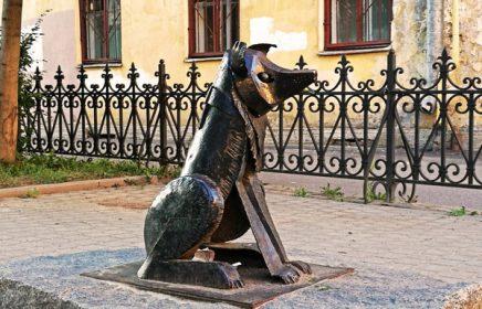 Онлайн-экскурсия «на диване»: Необычные памятники Петербурга