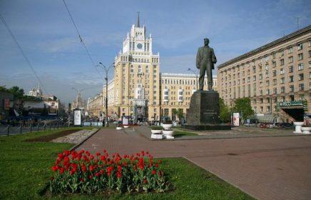 Бесплатная пешеходная экскурсия «Москва Маяковского» от компании «Твоя Москва»