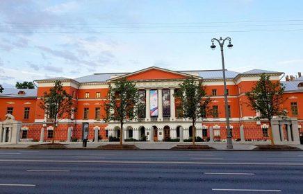 Экспозиция, посвященная истории России середины XIX — начала XX столетия, в Музее современной истории