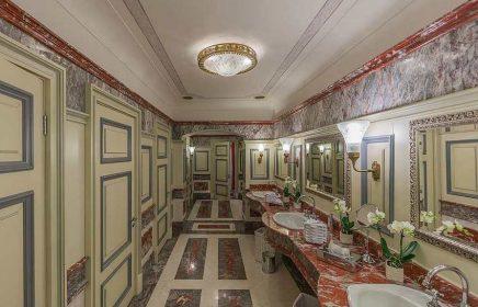 «Исторический туалет» в здании ГУМа