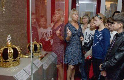 Индивидуальные и групповые экскурсии в Оружейную Палату для иностранцев и граждан РФ от компании «Городской Вояж»