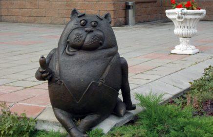 Памятник коту Василию
