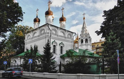 «Улица трех Никол»: православные святыни Арбата. Пешеходная экскурсия.