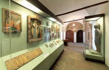 Выставка «Русская деревянная скульптура конца XIV–XIX веков»